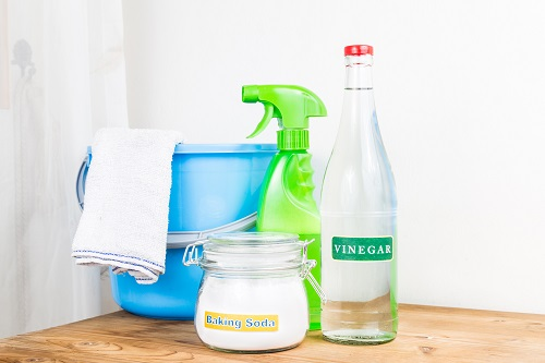 Cleaning a house without using any chemical agents